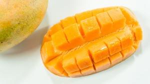 mango-2471837_1920